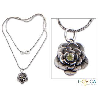 Handmade Sterling Silver 'Holy Lotus' Peridot Flower Necklace (Indonesia)