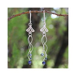 Silver 'Filigree Tulips' Pearl Lapis Earrings (3.5 mm) (Thailand)