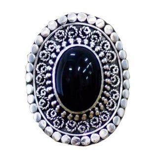 Handmade Sterling Silver 'Majesty Halo' Onyx Cocktail Ring (Indonesia)