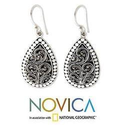 Sterling Silver 'Denpasar Mystique' Flower Earrings (Indonesia) - Thumbnail 1
