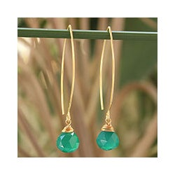 Handmade Gold Overlay 'Breath of Love' Chalcedony Earrings (Thailand)