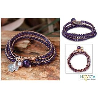 Handcrafted Leather Fortunes Wisdom Amethyst Freshwater Pearl Beaded Bracelet (6.5 mm) (Thailand)