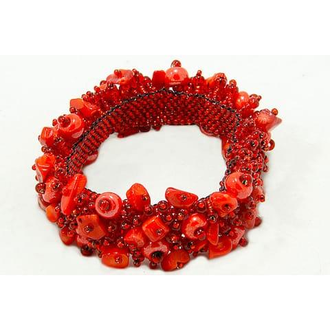 Handmade Capullo Red Coral Beaded Bracelet (Guatemala)