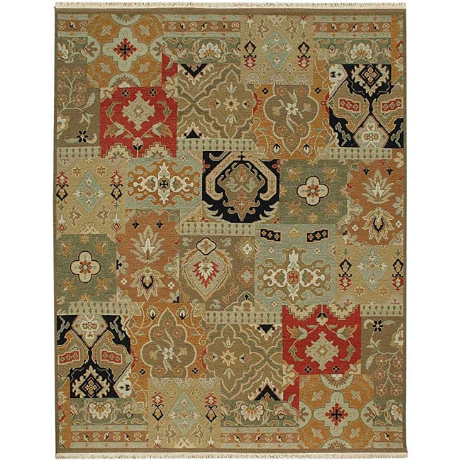 Hand-knotted Green/ Red Wool Rug (9' x 12')