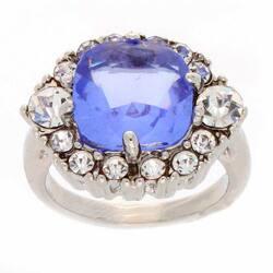 Simon Frank Silvertone Blue-and-white Cushion-cut Crystal Ring (Option: 4)|https://ak1.ostkcdn.com/images/products/6520532/Simon-Frank-Silvertone-Blue-and-white-Cushion-cut-Crystal-Ring-P14106532.jpg?impolicy=medium