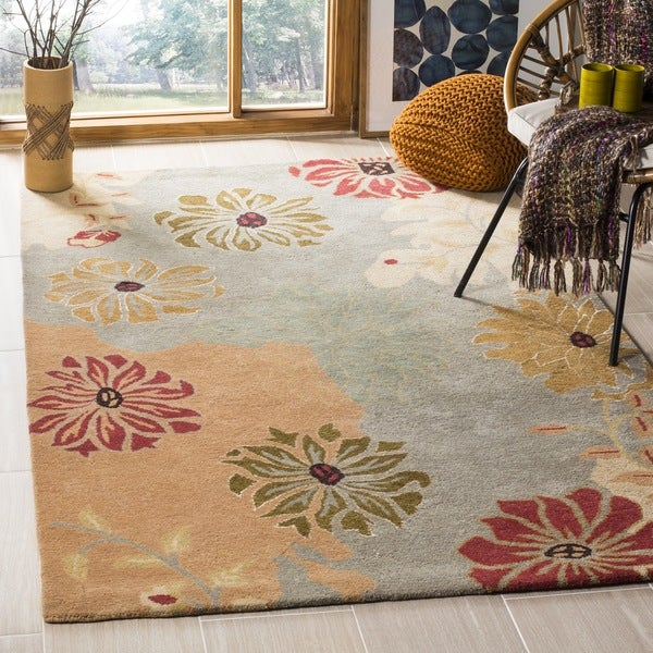 Safavieh Handmade Chatham Garden Blue New Zealand Wool Rug - 10' x 14'