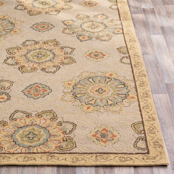Hand-hooked Beige Atsina Indoor/Outdoor Medallion Area Rug - 8' Round/Surplus