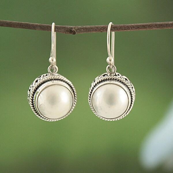 Sterling Silver Freshwater Pearl Bali Filigree Earrings (14 mm)(Indonesia)