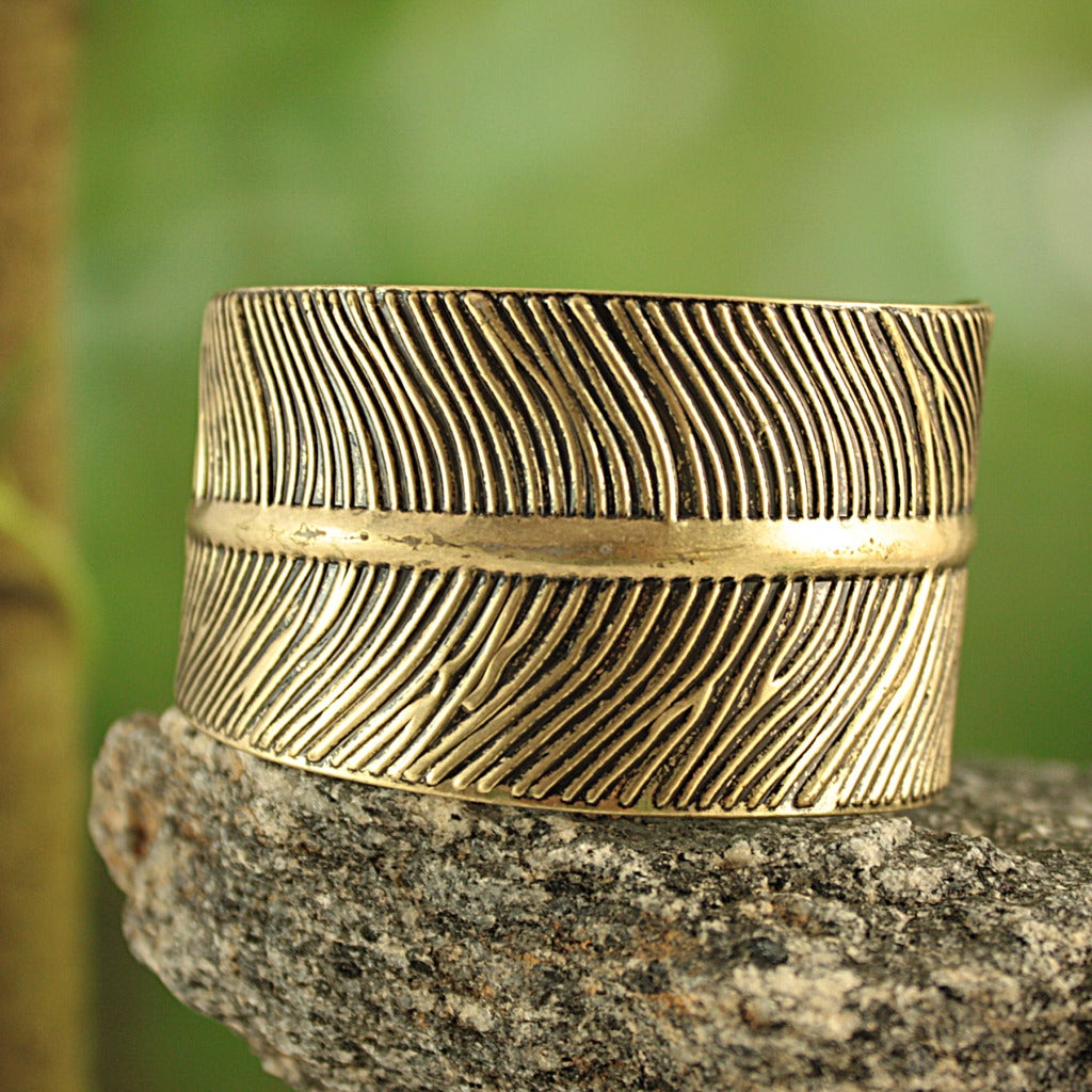 Handmade Goldtone Embossed Feather Cuff Bracelet (India)