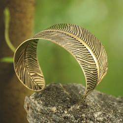 Handmade Goldtone Embossed Feather Cuff Bracelet (India) - Thumbnail 1