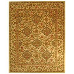 Safavieh Handmade Tabriz Beige/ Olive Wool Rug (7'6 x 9'6)