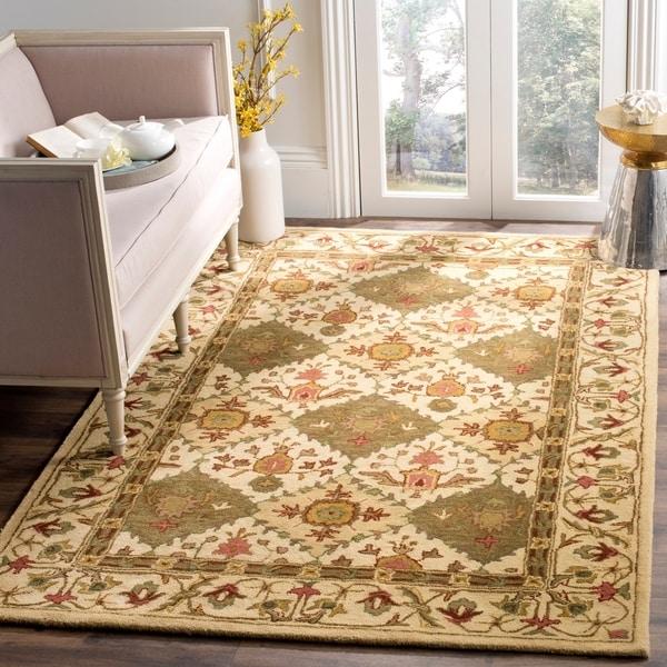 Safavieh Handmade Tabriz Beige/ Olive Wool Rug - 7'6 x 9'6