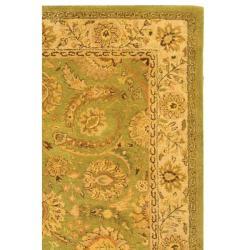 Safavieh Handmade Old World Light Green/ Ivory Wool Rug (7'6 x 9'6) - Thumbnail 1
