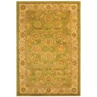 Safavieh Handmade Old World Light Green/ Ivory Wool Rug - 7'6 x 9'6