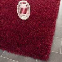 Safavieh Handmade Monterey Shag Red Polyester Area Rug - 8' x 10'