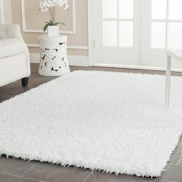 Safavieh Handmade Monterey Shag White Polyester Area Rug - 5' x 8'