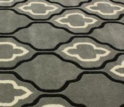 nuLOOM Handmade Moroccan Trellis Grey Wool Rug (5' x 8') - Thumbnail 2
