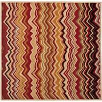 Safavieh Handmade Chatham Zig-Zag Red New Zealand Wool Rug - 7' x 7' Square