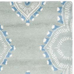 Safavieh Handmade Chatham Mystic Blue New Zealand Wool Rug (2'3 x 9') - Thumbnail 1