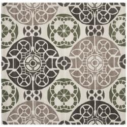 Safavieh Handmade Chatham Treasures Ivory New Zealand Wool Rug (7' Square)