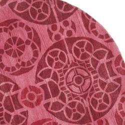 Safavieh Handmade Chatham Treasures Red New Zealand Wool Rug (7' Round) - Thumbnail 1