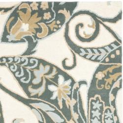 Safavieh Handmade Chatham Gardens Ivory New Zealand Wool Rug (4' x 6') - Thumbnail 1