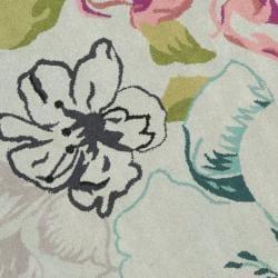 Safavieh Handmade Chatham Roses Blue New Zealand Wool Rug