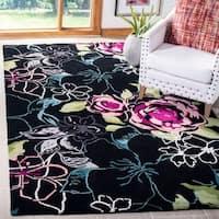 Safavieh Handmade Chatham Roses Black New Zealand Wool Rug - 5' x 8'