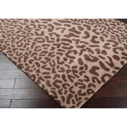 Hand-tufted Tan Leopard Basenji Animal Print Wool Rug (4' x 6')
