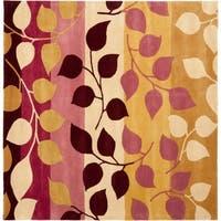 Safavieh Handmade Soho Garden Red New Zealand Wool Rug - 6' X 6' Square