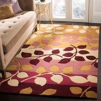 "Safavieh Handmade Soho Garden Red New Zealand Wool Rug - 7'6"" x 9'6"""