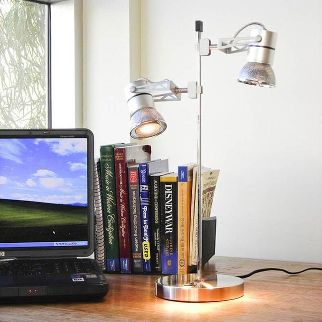 TAO Digital Lamp with Adjustable Magnetic Round Heads
