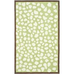 Safavieh Handmade Children's Safari Green/ Ivory N. Z. Wool Rug (4' x 6')