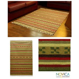 Indo Handcrafted Wool 'Festive Green' Area Rug 4.5 x 6.5 Feet (India)