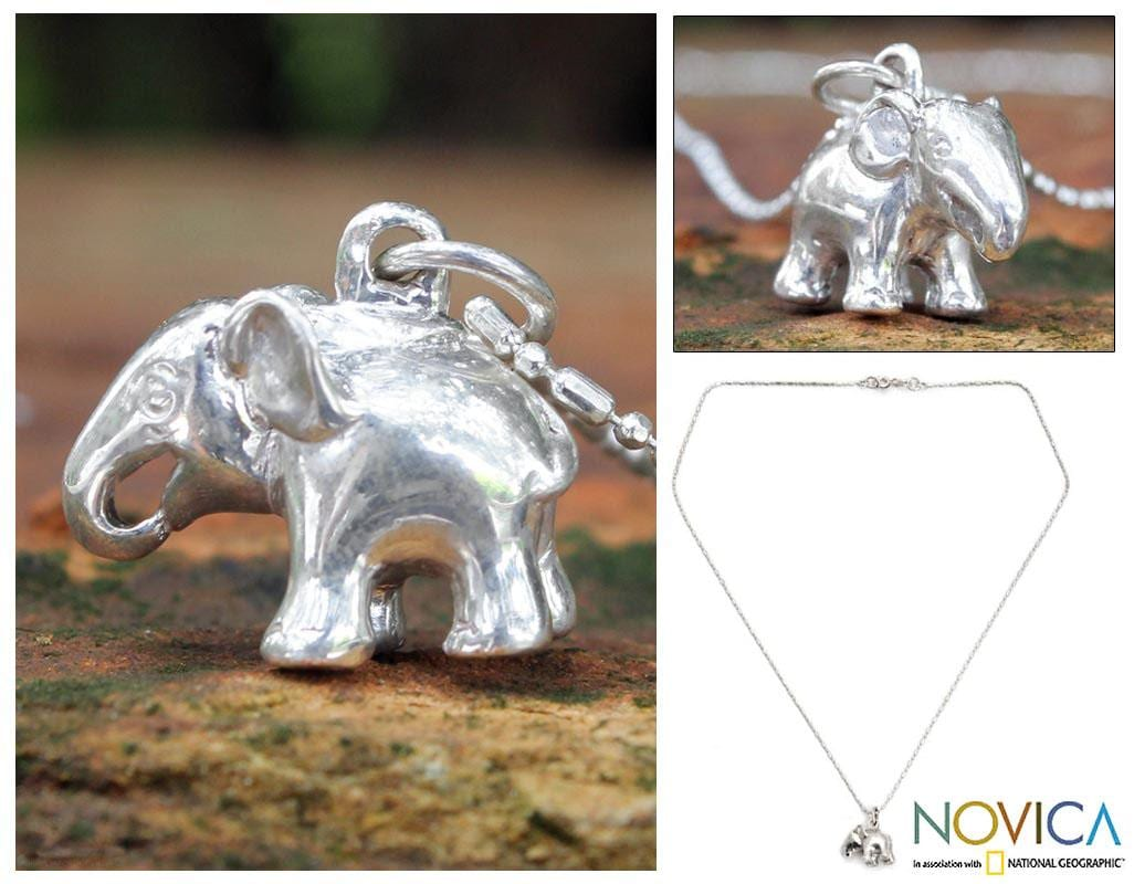 Handmade Sterling Silver 'Royal White Elephant' Necklace (Thailand)