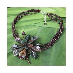 Agate 'Fortune's Bloom' Garnet Flower Necklace (Thailand)