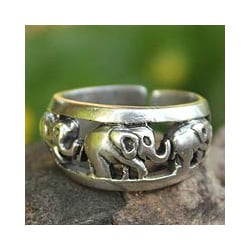 Handmade Sterling Silver 'Siam Elephants' Ring (Thailand)