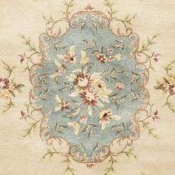 Safavieh Handmade Ivory/ Light Blue Hand-spun Wool Rug (8' x 10') - Thumbnail 2
