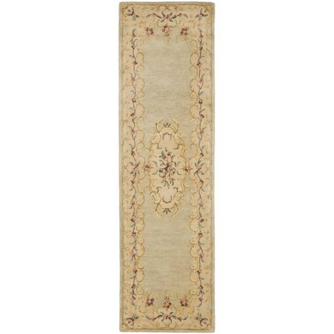 Safavieh Handmade Light Green/ Beige Hand-spun Wool Rug (2'3 x 10')