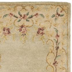 Safavieh Handmade Light Green/ Beige Hand-spun Wool Rug (2'3 x 10') - Thumbnail 1