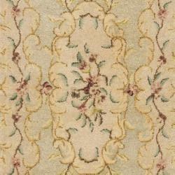 Safavieh Handmade Light Green/ Beige Hand-spun Wool Rug (2'3 x 10') - Thumbnail 2