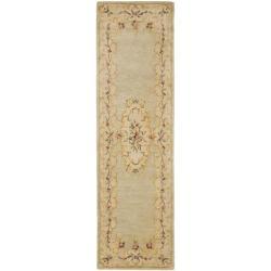 Safavieh Handmade Light Green/ Beige Hand-spun Wool Rug (2'3 x 10') - 2'3 x 10' - Thumbnail 0