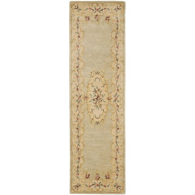 "Safavieh Handmade Light Green/ Beige Hand-spun Wool Rug - 2'3"" x 8'"