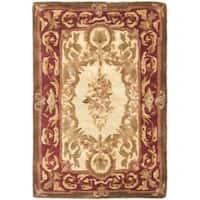 Safavieh Handmade Aubusson Maisse Light Gold/ Red Wool Rug - 2' x 3'