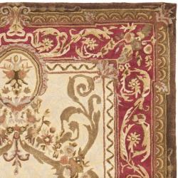 Safavieh Handmade Aubusson Maisse Light Gold/ Red Wool Rug (4' x 6')