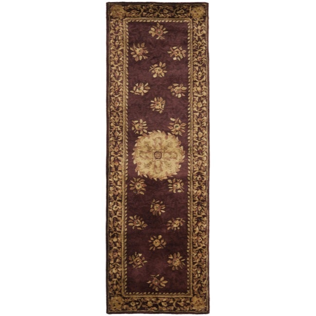 Safavieh Handmade Aubusson Roinville Red Wool Rug (2'6 x 8')