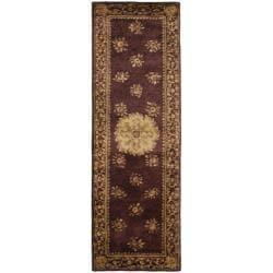 Safavieh Handmade Aubusson Roinville Red Wool Rug (2'6 x 8') - Thumbnail 0
