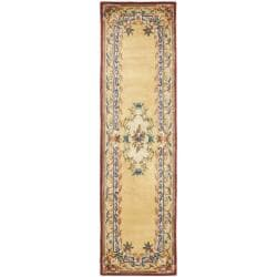 Safavieh Handmade French Aubusson Loubron Gold Premium Wool Rug (2'6 x 8')