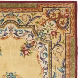 Safavieh Handmade French Aubusson Loubron Gold Premium Wool Rug (4' x 6') - Thumbnail 1