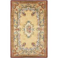 Safavieh Handmade French Aubusson Loubron Gold Premium Wool Rug - 5' x 8'